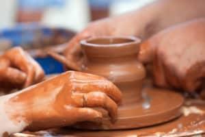koch pottery draaiende handen
